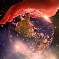 世界が崩壊しない前に 2: 兆候はあるのだが